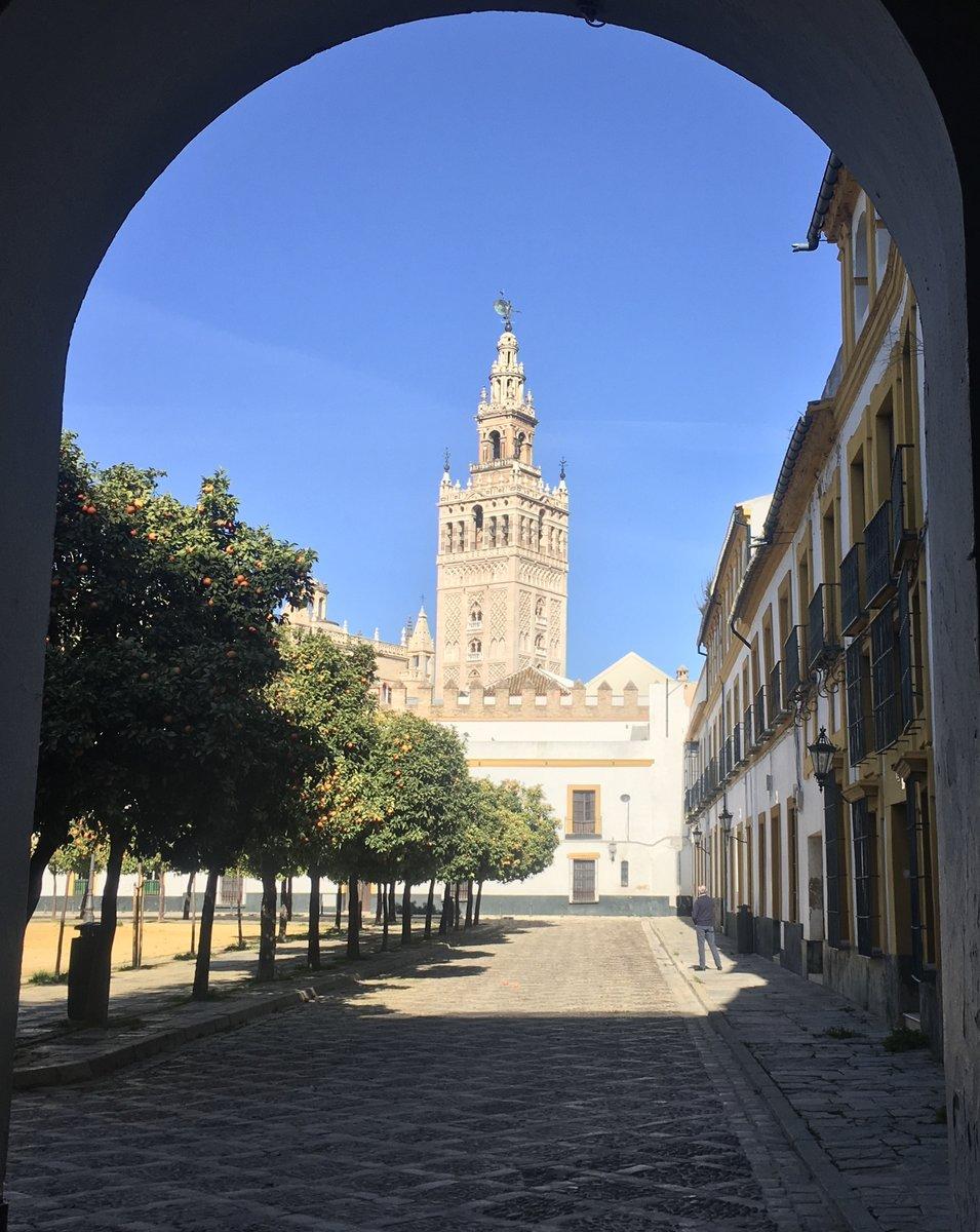 Eingang zum ehemaligen Judenviertel, heutiges Barrio Santa Cruz, Sevilla
