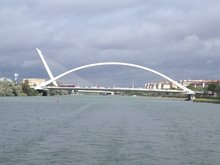 Santiago Calatrava Brücke über dem Guadalquivir
